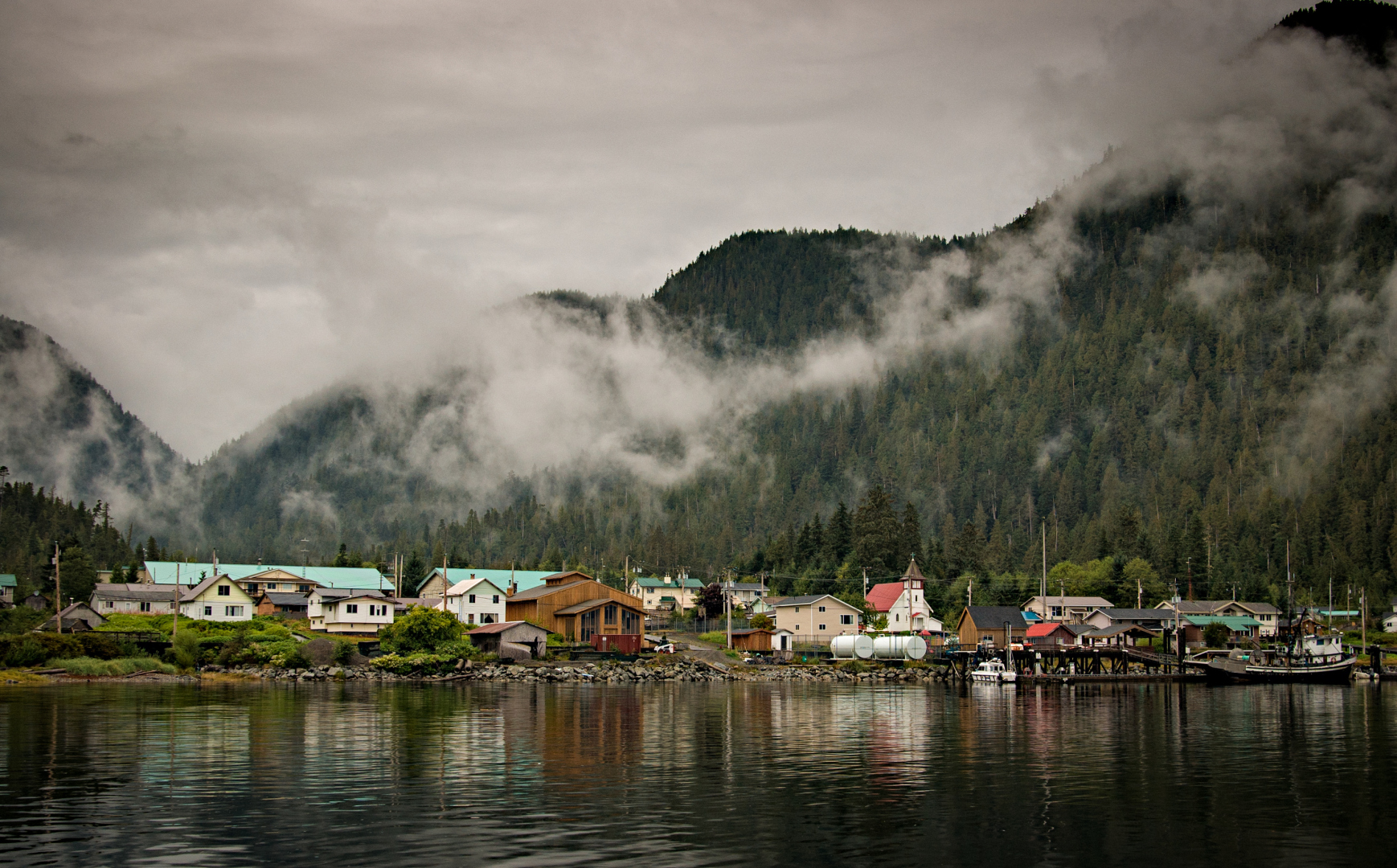 Water Governance and Watershed Planning in British Columbia First Nations Communities